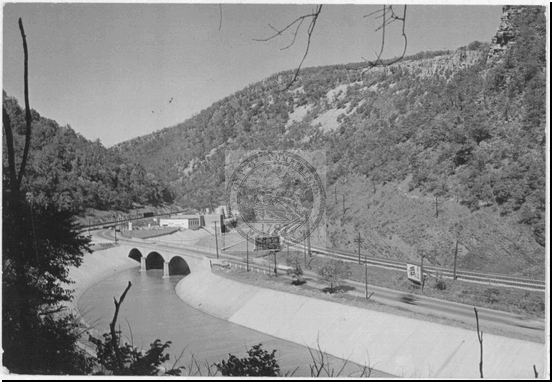 Post Card of the Narrows Showing Wills Creek